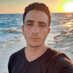 خالد عبدالظاهر